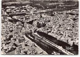 Narbonne. Vue Aerienne.  Le Canal De La Robine, Mairie, Cathedrale Et Piscine . Edit  Greff - Narbonne