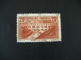1372 FRANCE  Timbre  Oblitéré  N° 262   20 F Pont Du Gard 1930 - Gebraucht