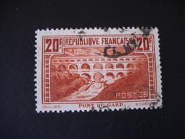 1373 FRANCE  Timbre  Oblitéré  N° 262   20 F Pont Du Gard 1930 - Gebraucht