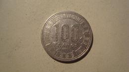 MONNAIE GABON 100 FRANCS 1985 - Gabón