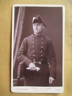 CDV  Jeune Officier MEDECIN MILITAIRE - Voir Bicorne - Voir Boucles Ceinturon - Photo Bellingard, LYON - TBE - Guerre, Militaire