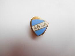 Bel Insigne De Boutonniére ( No Pin's ) , ABSA , Assurances ?? - Associations