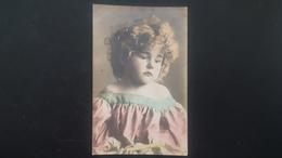 Fillette Triste - Portraits