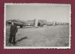 120520 - PHOTO 1949 - AVIATION AVION AERODROME - 33 Base De MERIGNAC Bombardier Halifax - Merignac