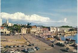 GUADELOUPE. POINTE A PITRE. PLACE DE LA VICTOIRE. VOITURES ANCIENNES. 1970. - Pointe A Pitre