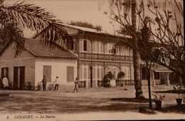 CONAKRY...LA MAIRIE...CPA ANIMEE - Französisch-Guinea