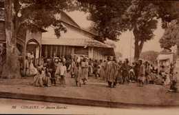 CONAKRY...ANCIEN MARCHE...CPA ANIMEE - Französisch-Guinea