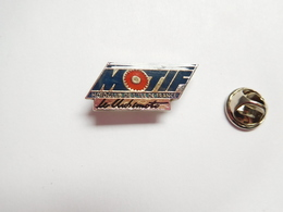 Beau Pin's , Moto , MOTIF , Moto Club De L'Ile De France - Motorfietsen