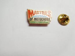 Beau Pin's , Moto , Masters De Motocross , Villars Sous Ecot , Doubs - Motorfietsen