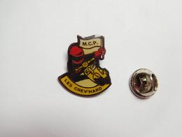 Beau Pin's , Moto , M.C.P. , Moto Club Les Crev'Hard , Montierchaume , Indre - Motorfietsen