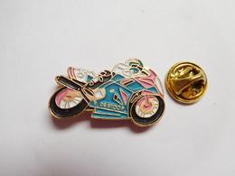Beau Pin's , Moto Honda , B. Destoop , De Stoop - Motorfietsen