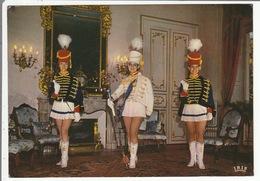 """MAJORETTES De MONT-DE-MARSAN - """" Charme Et Sourire Des Landes De Gascogne """" - Les Officiers - - Mont De Marsan"""
