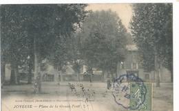 CPA-12618-07- Joyeuse -Place De La Grand Font...Envoi Gratuit - France