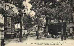 PARIS Vieux MONTMARTRE  Place Du Tertre  Et St Pierre De Montmartre  Kiosque Pubs  RV - Distretto: 18