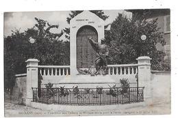 38  - CPA  De   MOIRANS  - Monument  Aux  Enfants  De  Moirans  Morts  Pour  La  Patrie ( Inauguré Le 22 Juillet 1923 ) - Moirans