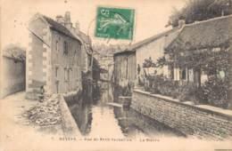 58 NEVERS RUE DU PETIT VERSAILLES LA NIEVRE - Nevers