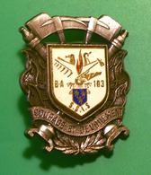Ancien Insigne Des Sapeurs Pompiers SSIS BA103 Blanc - Pompiers