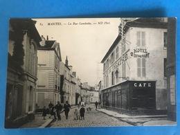 MANTES LA JOLIE 78 - RARE Cp De La Rue Gambetta - Mantes La Jolie