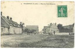 Cpa Maurepas - Place Du Vieil-Abreuvoir - Maurepas