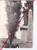 CP 62 -    BUSNES  - Le Monument Aux Morts  (état Moyen - 1 Pli) - France