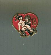 Pin's - Sapeurs Pompiers Femme Nu Sapeur Pompier 18 - Bomberos
