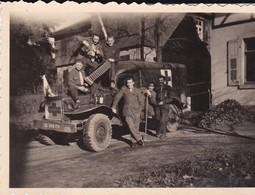 Photographie Militaire Force Française Allemagne Ambulance Militaire Soldat Mariotte, Perrin, Bridoux 1948 Baden Baden - Krieg, Militär