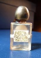 Miniature De Parfum  - Sirocco De Lucien Lelong   De 1934  - Réf, A 06  ( Rare ) - Vintage Miniatures (until 1960)
