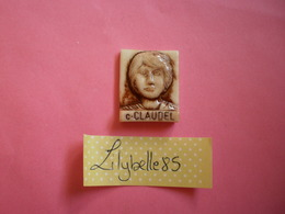 Feve PERSO En Porcelaine - C. CLAUDEL - Serie LECLERC TOUL - FROUARD - VANDOEUVRE 1995 ( Feves Figurine Miniature ) - Personnages