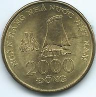 Vietnam - 2003 - 2000 Dong - KM75 - Viêt-Nam