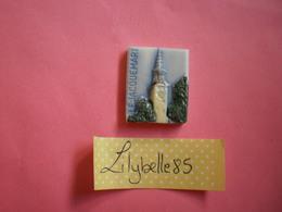 Feve PERSO Ancienne - LE JACQUEMART Serie LECLERC BOURG LES VALENCE 1995 ( Feves Figurine Miniature ) - Regiones