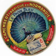 ETIQUETTE   DE   FROMAGE    NEUVE CAMEMBERT  NORMANDIE LE PAON BLEU 45 % S.A.F.R CANEHAN SEINE INFERIEURE - Fromage