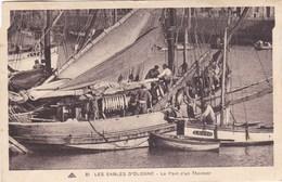 85.  LES SABLES D'OLONNE . CPA SEPIA. LE PONT D'UN THONIER. ANIMATION .ANNEE 1932 + TEXTE - Sables D'Olonne