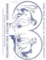 Lot De 32 Buvards - Coutellerie  Puy De Dome - Bonbon - Bottes - Pantoufles - Corbeil Essonnes -thé - Picon - Chocolat - Buvards, Protège-cahiers Illustrés