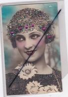 Sainte Catherine.Visage De Femme,fleurs Marguerite . Carte Avec Ajouts Brillants. - Saint-Catherine's Day