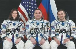Space/ Astronaut Autograph Cosmonaut Autograph/ Skvortsov / Korniyenko / Caldwell-Dyson / Soyuz TMA-18 - Autographs