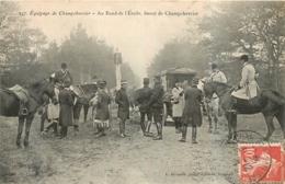 EQUIPAGE DE CHAMPCHEVRIER AU ROND DE L'ATOILE  CHASSE A COURRE - Caza