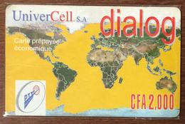 BÉNIN UNIVERCELL DIALOG RECHARGE GSM 2.000 FCFA PHONECARD PRÉPAYÉE PREPAID PAS TELECARTE - Bénin
