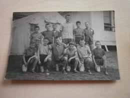 Photo Ancienne Groupe D'enfants Garçons (camps De Vacances????) - Anonymous Persons