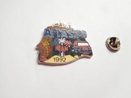 Beau Pin's En Zamac , Moto , Rallye De L'Atlas 1992 , Auto Moto , Fram , Signé AMC - Motorfietsen