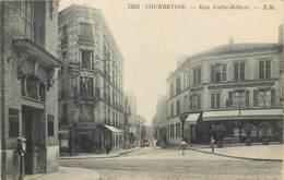 CPA 92 Hauts De Seine Courbevoie Rue Carle Hébert Café Tabac De L'Hotel De Ville - Bureau De Poste - Café De La Poste - Courbevoie