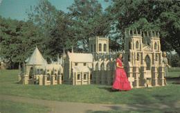 Kensington Prince Edward Island Canada - Replica Miniature Scale Model - York Minster Cathedral - Unused - 2 Scans - Ile Du Prince-Édouard