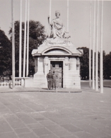 PHOTO ORIGINALE 39 / 45 WW2 U.S ARMY FRANCE PARIS 1945 SOLDATS AMÉRICAINS PLACE DE LA CONCORDE - Guerre, Militaire