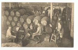 Bruxelles Union Economique Le Soutirage Des Vins Carte Postale Ancienne Animée - Old Professions