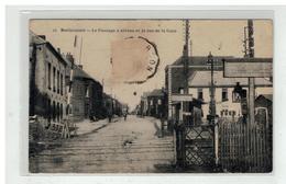 59 BERLAIMONT #10009 LE PASSAGE A NIVEAU ET LA RUE DE LA GARE N° 21 - Berlaimont