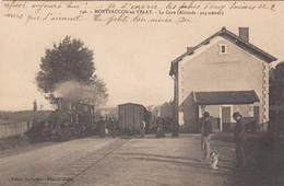 43 MONTFAUCON En VELAY La Gare Train  Locomotive - Montfaucon En Velay