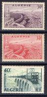 ALGERIE ( Poste ) Y&T N° 339/340  TIMBRES  NEUFS  SANS  TRACE  DE  CHARNIERE , A VOIR . B 20 - Ongebruikt