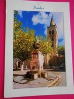 66 PYRENEES ORIENTALES/  PRADES/ FONTAINE De Marbre Rose , Le Clocher Roman (XIIIe Siècle) L'église - Prades