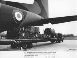 """-MILITAIRE -(PHOTOS) """" à La Base Aérienne 123 -'Premier TRANSALL Livré Par Nord Aviation,Cliché F67.508 R9' § '508 R6'- - Guerre, Militaire"""