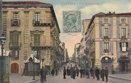 CATANIA-VIA GARIBALDI-CARTOLINA ANIMATISSIMA VIAGGIATA NEL 1910 - Catania