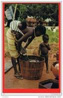 Guine Bissau Guinea Guinee Portugaise Lavadeira Nativa Fulacunda Seins Nus Lavandiere Enfants Africa - Guinea-Bissau